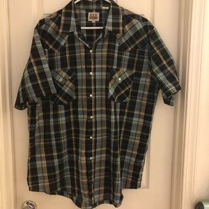 Other - Men's short sleeve button up shirt